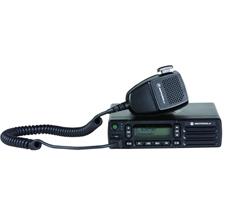 摩托罗拉MOTOTRBO  XIR  M6660 车载台  模拟/数字双模式