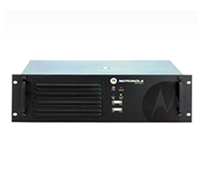 摩托罗拉中继台XiR R8200 基地台 数字模拟IP互联